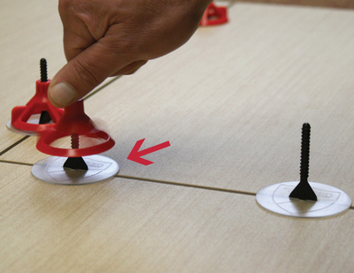 Image RTC Spin Doctor Tile Leveling System